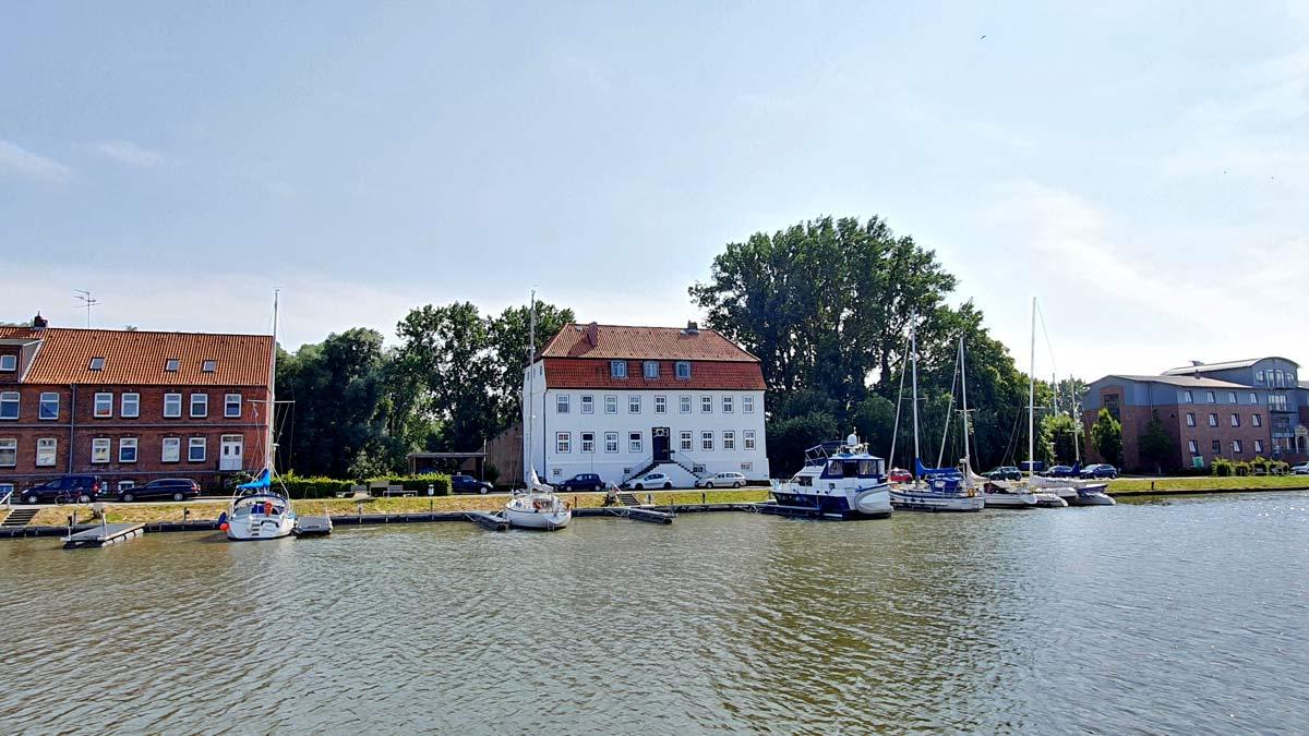 GL_KR_Hafen_Admiral